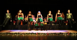 Celtic Holiday Hooley dance line